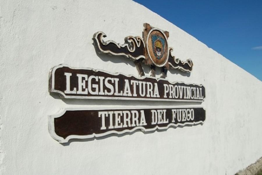 Parlamentarios ratificaron convenios firmados por el Gobierno