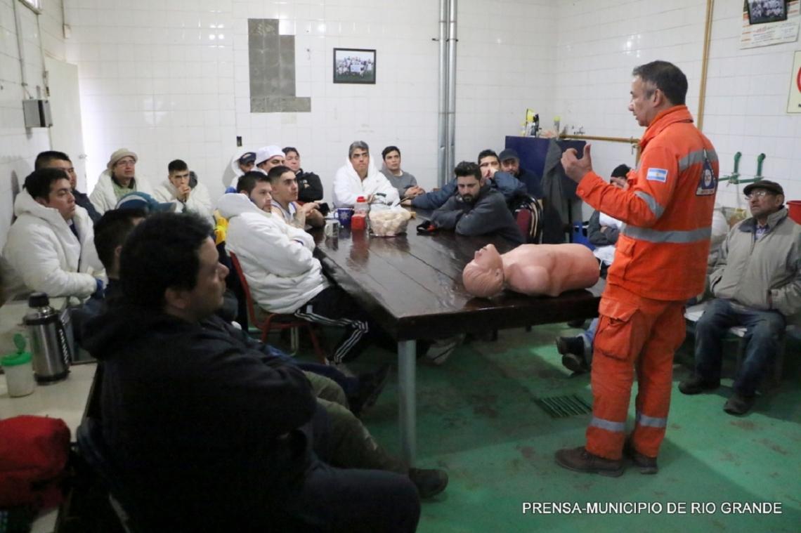 Continúan las capacitaciones al personal municipal de Río Grande
