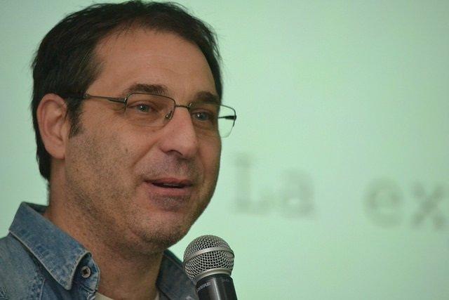 El periodista y escritor, Juan Mascardi brindó una charla abierta