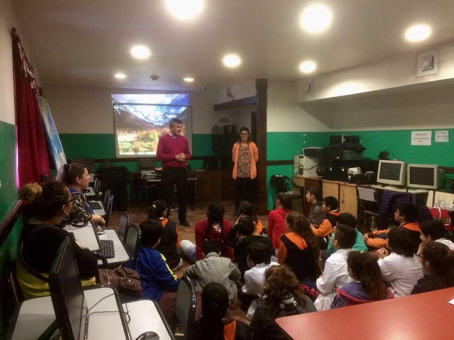 InFueTur brinda talleres a estudiantes de escuelas primarias