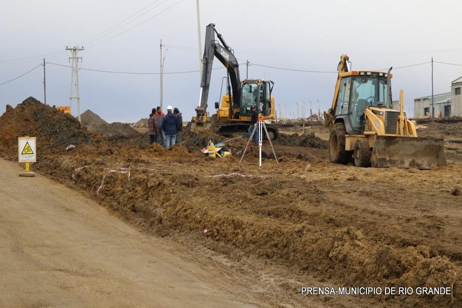 Avanzan las obras de infraestructura al barrio Chacras de la Rivera