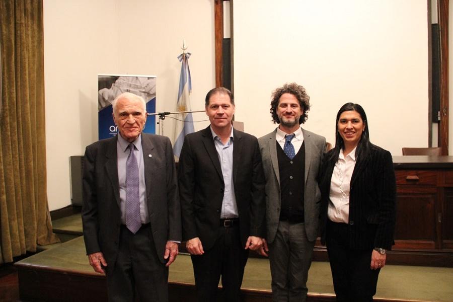 Salud firmó un convenio con el Instituto Nacional del Cáncer