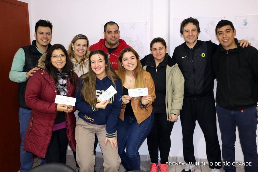 Olimpíadas Estudiantiles 2017: El municipio hizo entrega de los premios