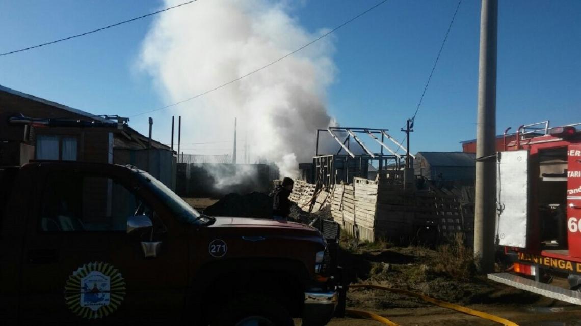 Tragedia: Un anciano murió al incendiarse su casilla