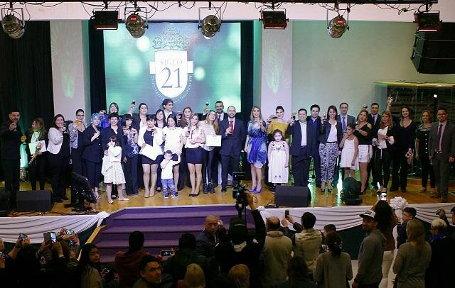 La Universidad Siglo XI entregó diplomas a 40 nuevos profesionales