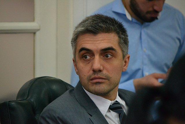 El concejal Rossi redobla la apuesta y pide cupo femenino para recolección