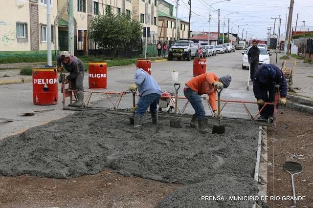 Adjudicaron obras de reacondicionamiento de pavimento en Río Grande