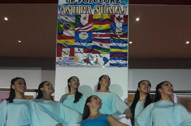 El Ballet 'Soles que dejan Huellas' representó a Tierra del Fuego
