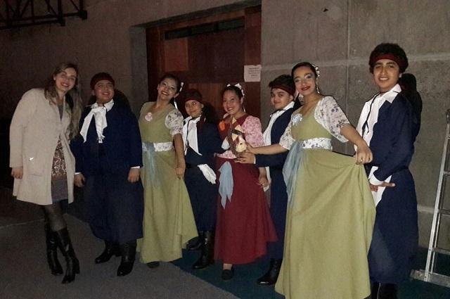 El Ballet Río Grande inició una minigira por la Patagonia argentino-chilena.