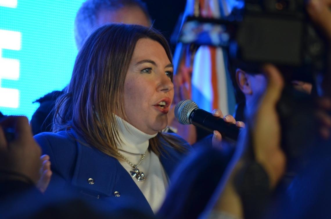 La gobernadora Rosana Bertone pidió una amplia convocatoria