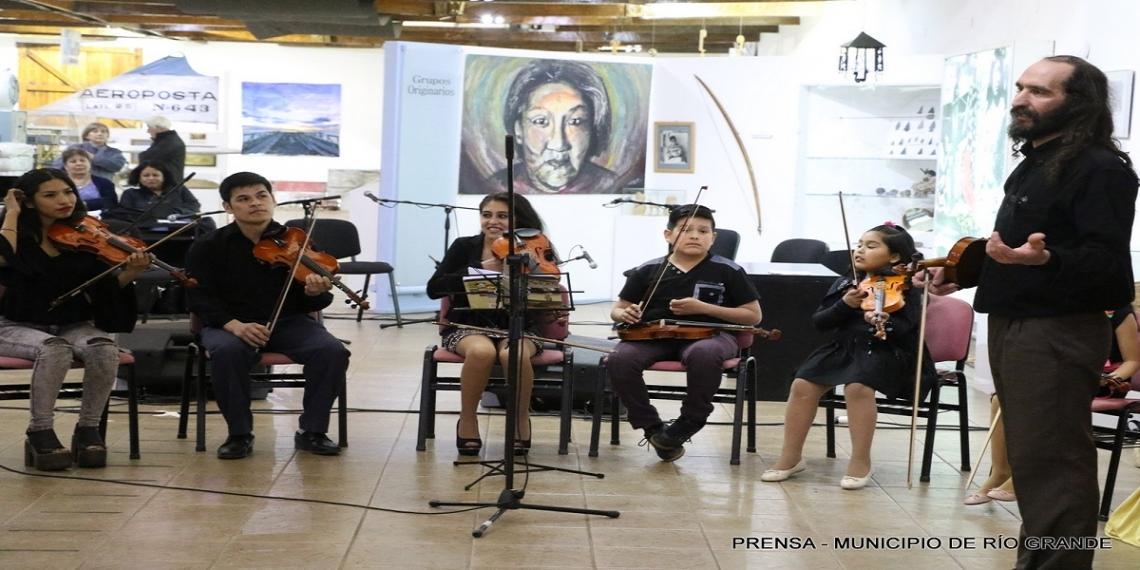 El Museo Virginia Choquintel  recibió a cientos de vecinos de Río Grande