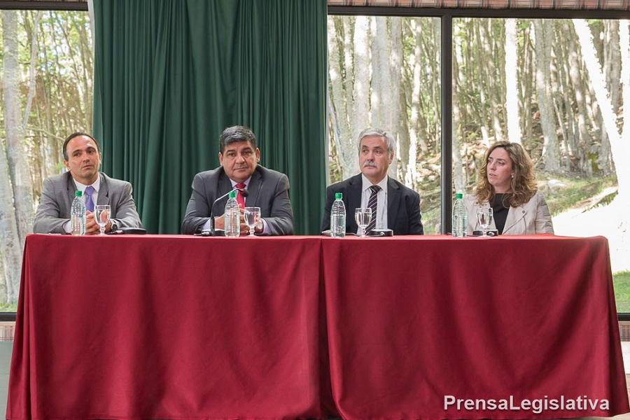 Inauguraron las jornadas Aportes del Derecho Público a los desafíos del siglo XXI