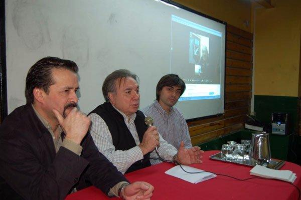 Ariel Pagella, Mario Ferreyra y paulino Rossi, durante la teleconferencia.
