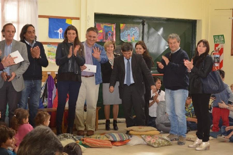Romero anunció la donación de obra a la Escuela Experimental