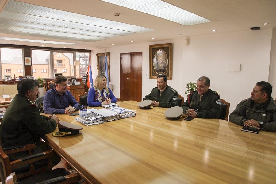 La gobernadora recibió al nuevo jefe de la Región VII de Gendarmería Nacional
