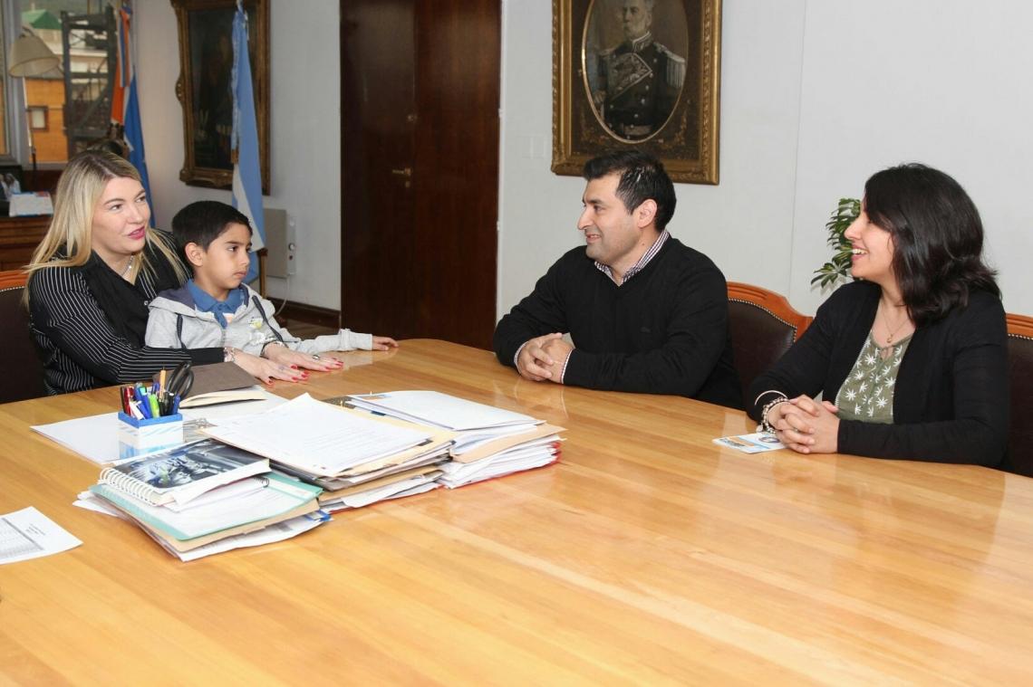 La Gobernadora recibió al matrimonio de docentes antárticos 2018