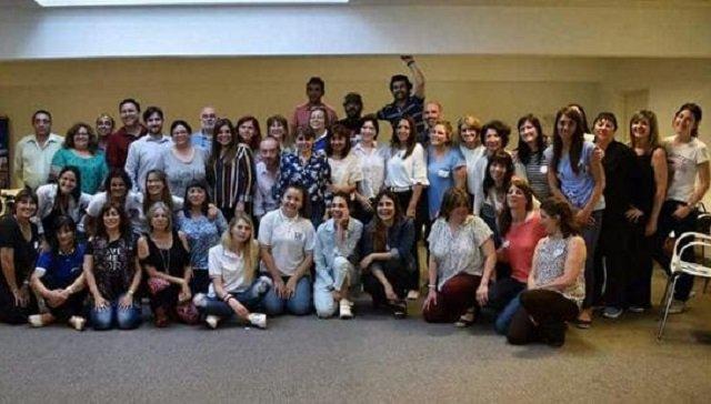Dos colegios representaron a la provincia exponiendo sus trabajos en Buenos Aires