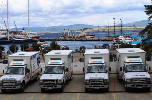 Bertone entregó 4 nuevas ambulancias para Río Grande, Ushuaia y Tolhuin