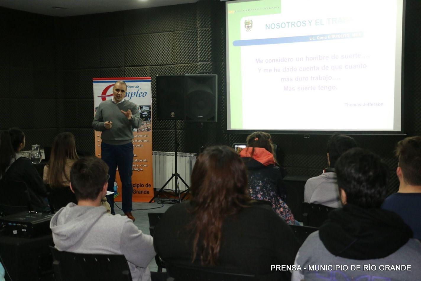 La Oficina Municipal de Empleo brindó en la Casa de Jóvenes un programa de entrenamiento laboral