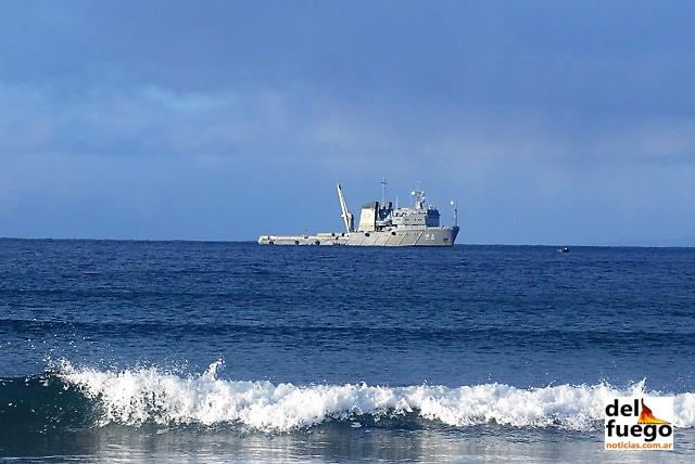 El buque Islas Malvinas se suma a la búsqueda del ARA San Juan
