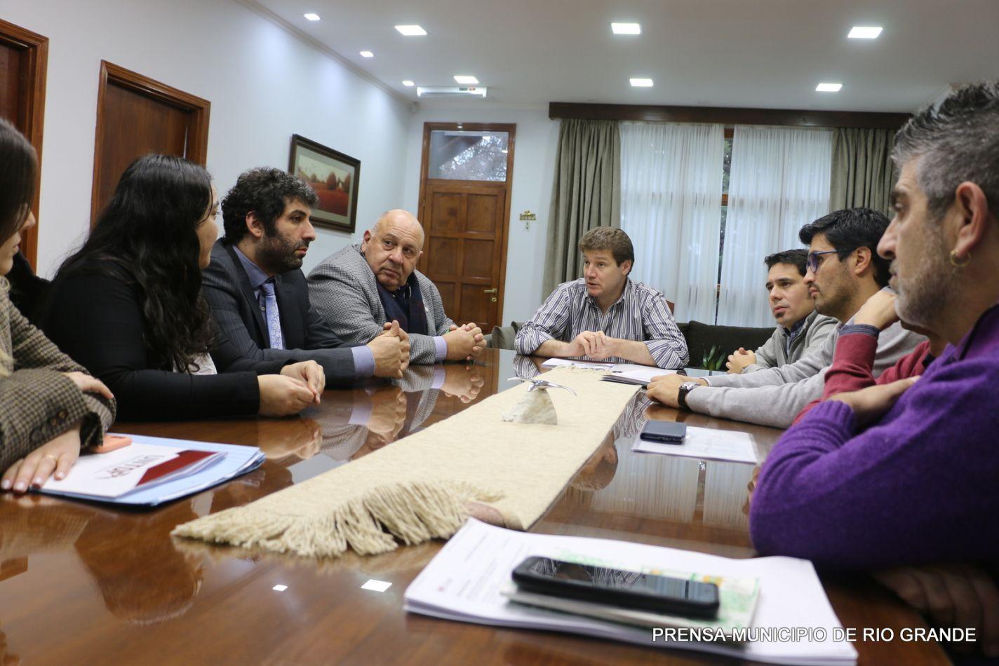 Convenio con el Rector de la UNTDF Ing. Juan José Castelucci