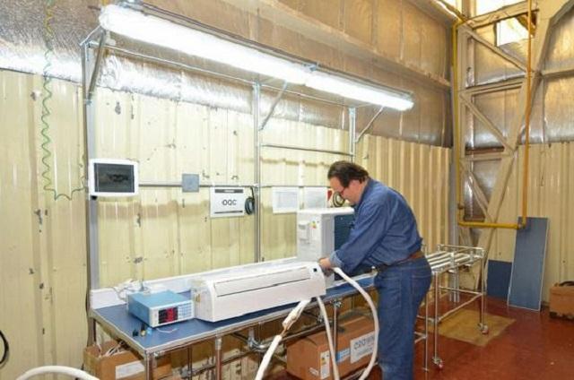 Foxman reactivó la fabricación de aire acondicionados en Tierra del Fuego