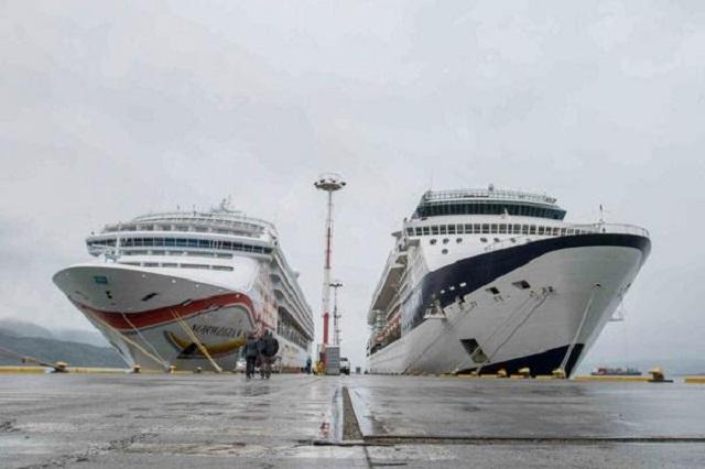 Llegan más cruceros: Miles de turistas visitan la ciudad de Ushuaia