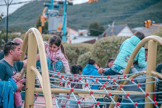 Ushuaia: Reinauguraron la plaza del B° Los Pinos