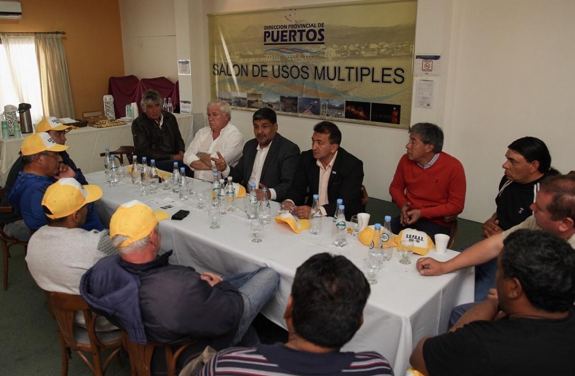 Anunciaron que reducirán los costos de transporte en el Puerto de Ushuaia
