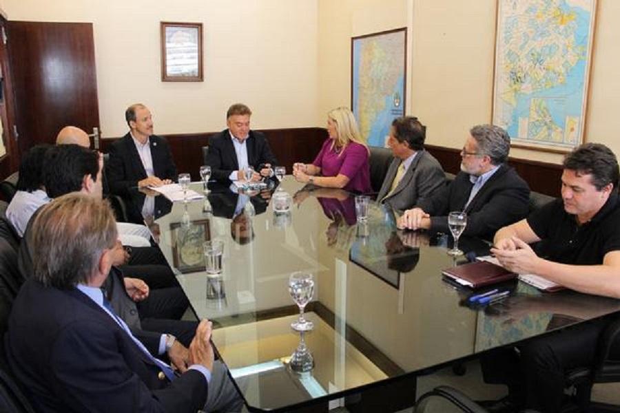 Gobierno firmó convenio para construir más soluciones habitacionales