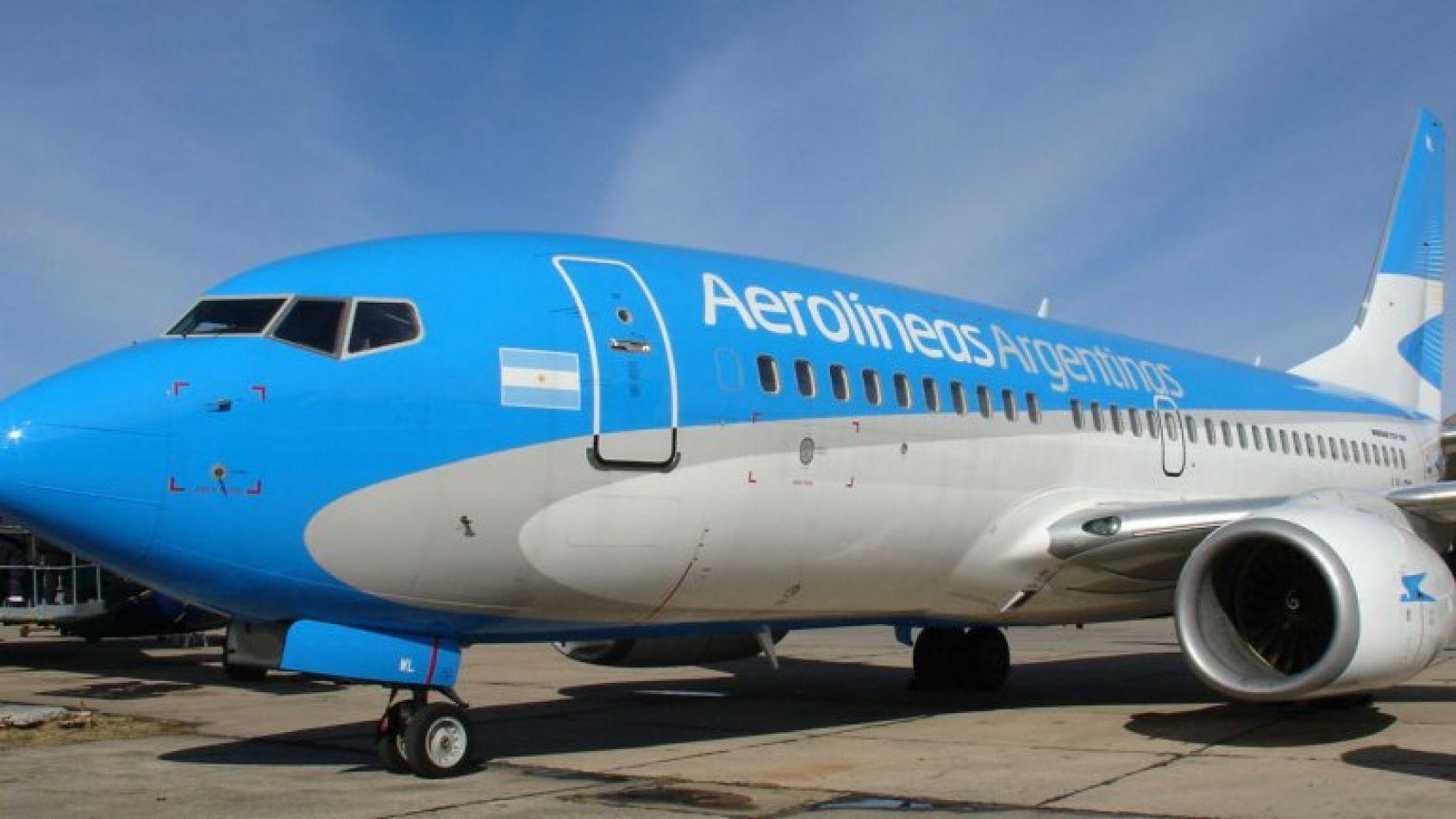 El avión había despegado en Buenos Aires y aterrizó en Bariloche pasadas las 21.