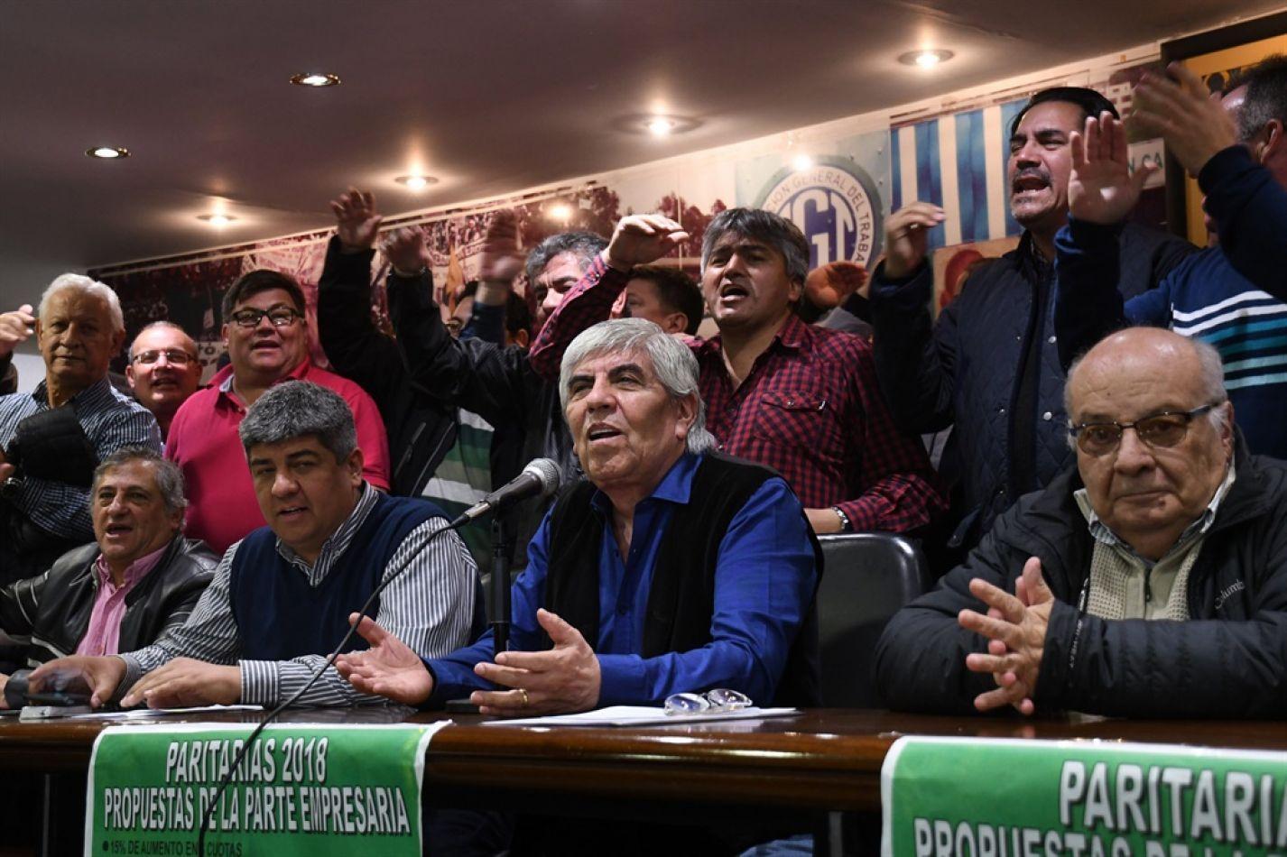 Camioneros no hará huelga el martes y miércoles, aunque adherirá a la medida del lunes que convocó la CGT