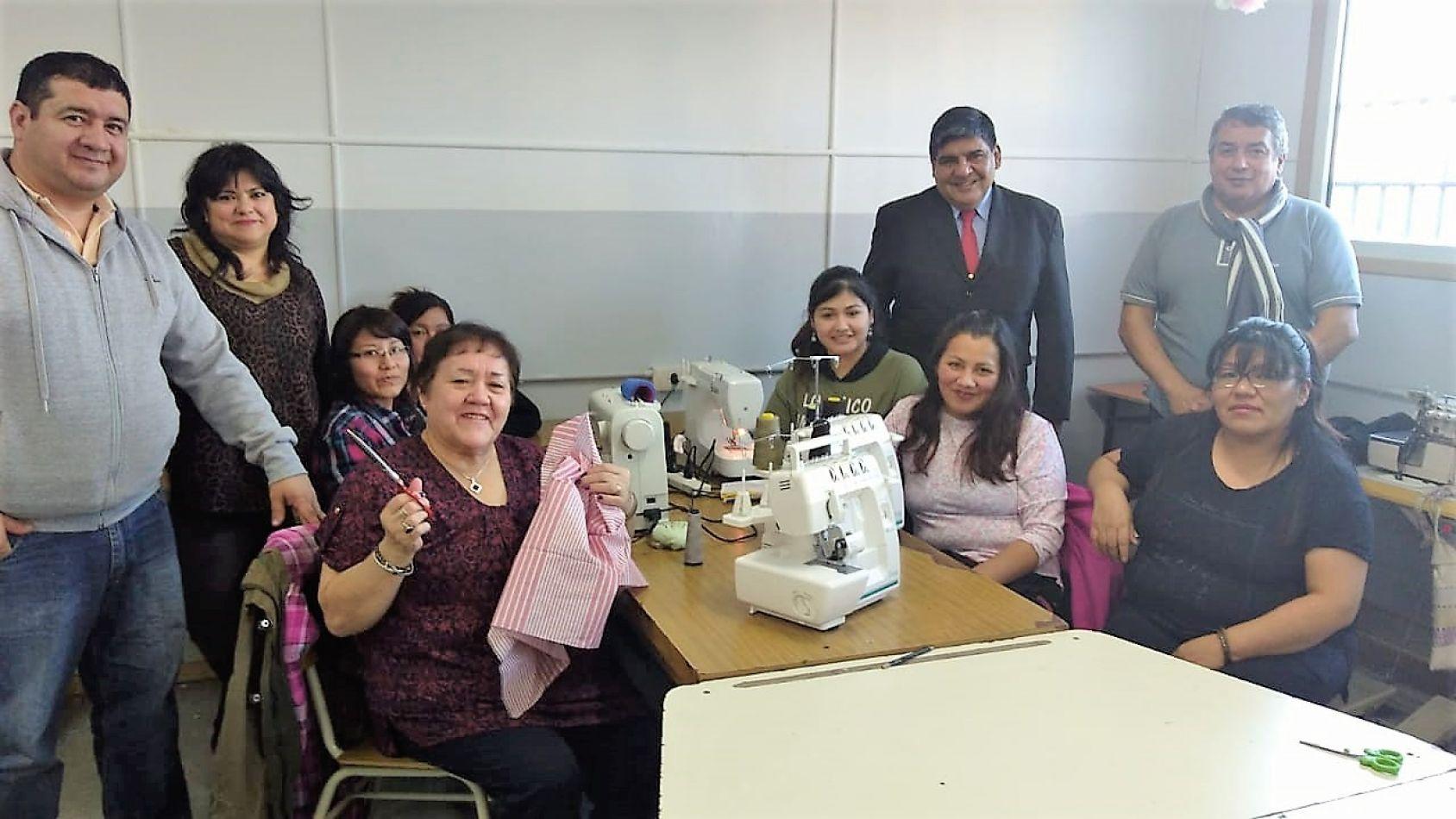 El titular del Parlamento, vicegobernador Juan Carlos Arcando se reunió con autoridades y alumnos del Centro de Formación Laboral Manuel Belgrano