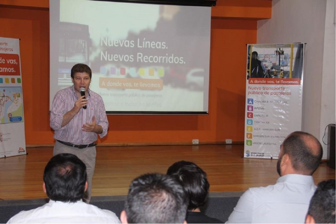 El municipio de Río Grande presentó el nuevo servicio de transporte público de pasajeros