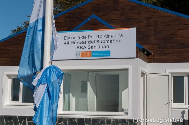 ARA San Juan: Inauguraron una nueva escuela en Puerto Almanza