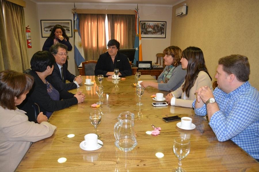 Los concejales recibieron al nuevo Cónsul chileno en Río Grande