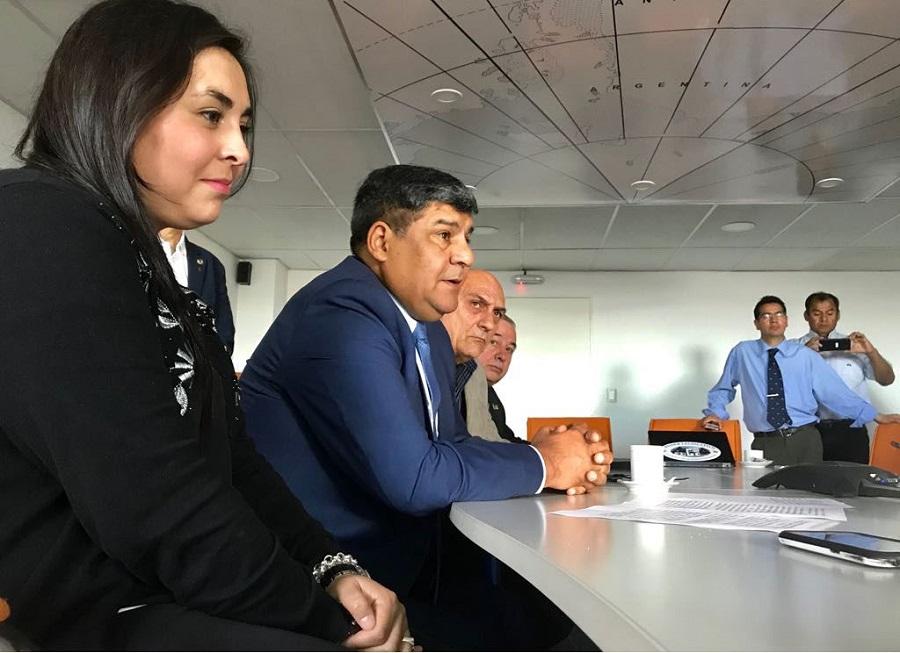 Arcando presidió desde Ushuaia el acto por el 21 Aniversario de la Escuela N°38 de la Base Esperanza