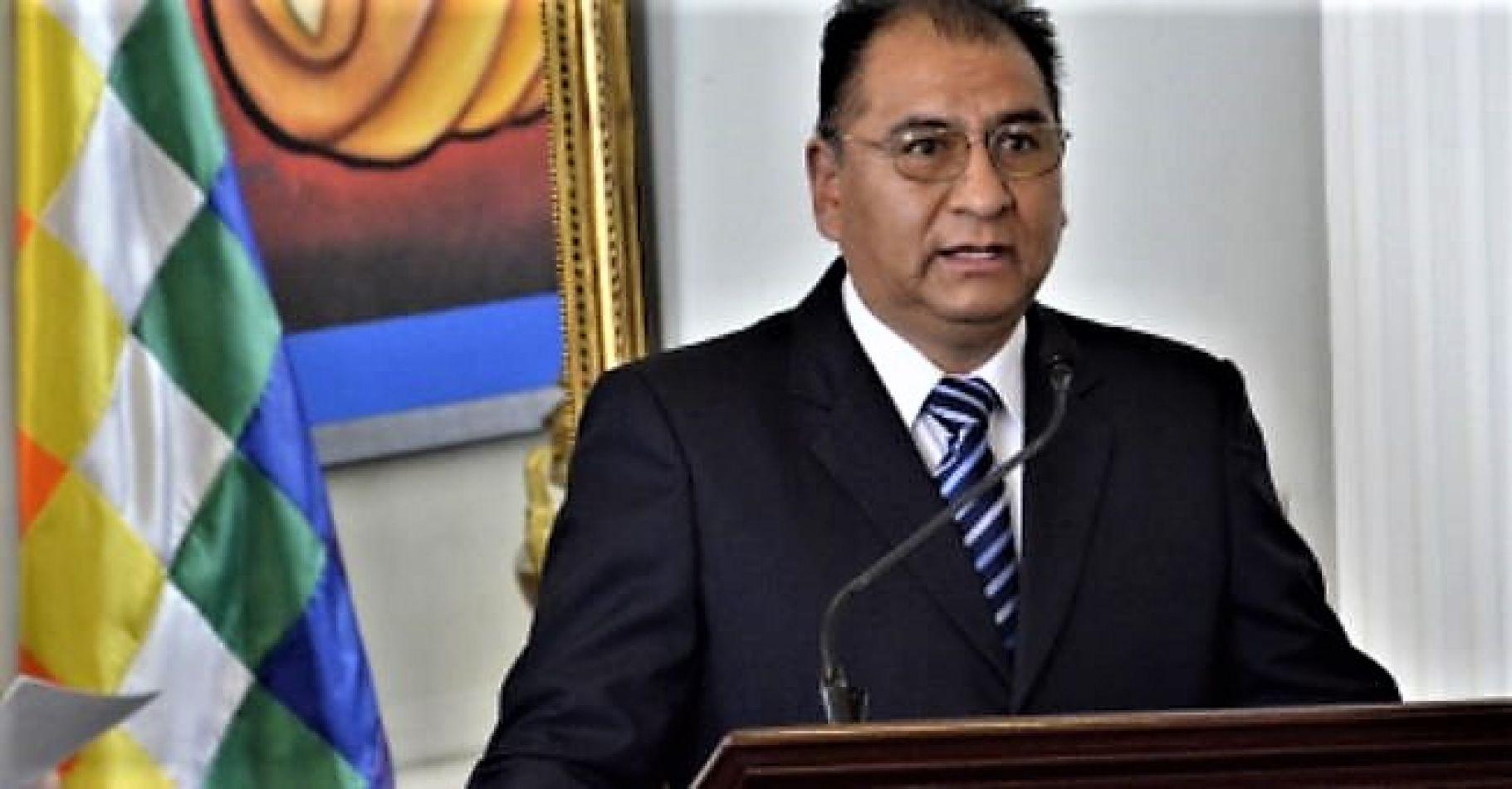 Embajador del Estado Plurinacional de Bolivia, Santos Tito