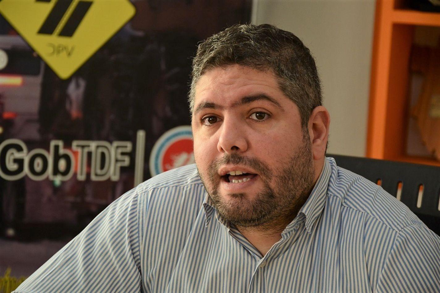 El presidente de Vialidad Provincial, Gastón Natale recibió a Nélida Antúnez y Martín Ibarra de la CinCoTur.