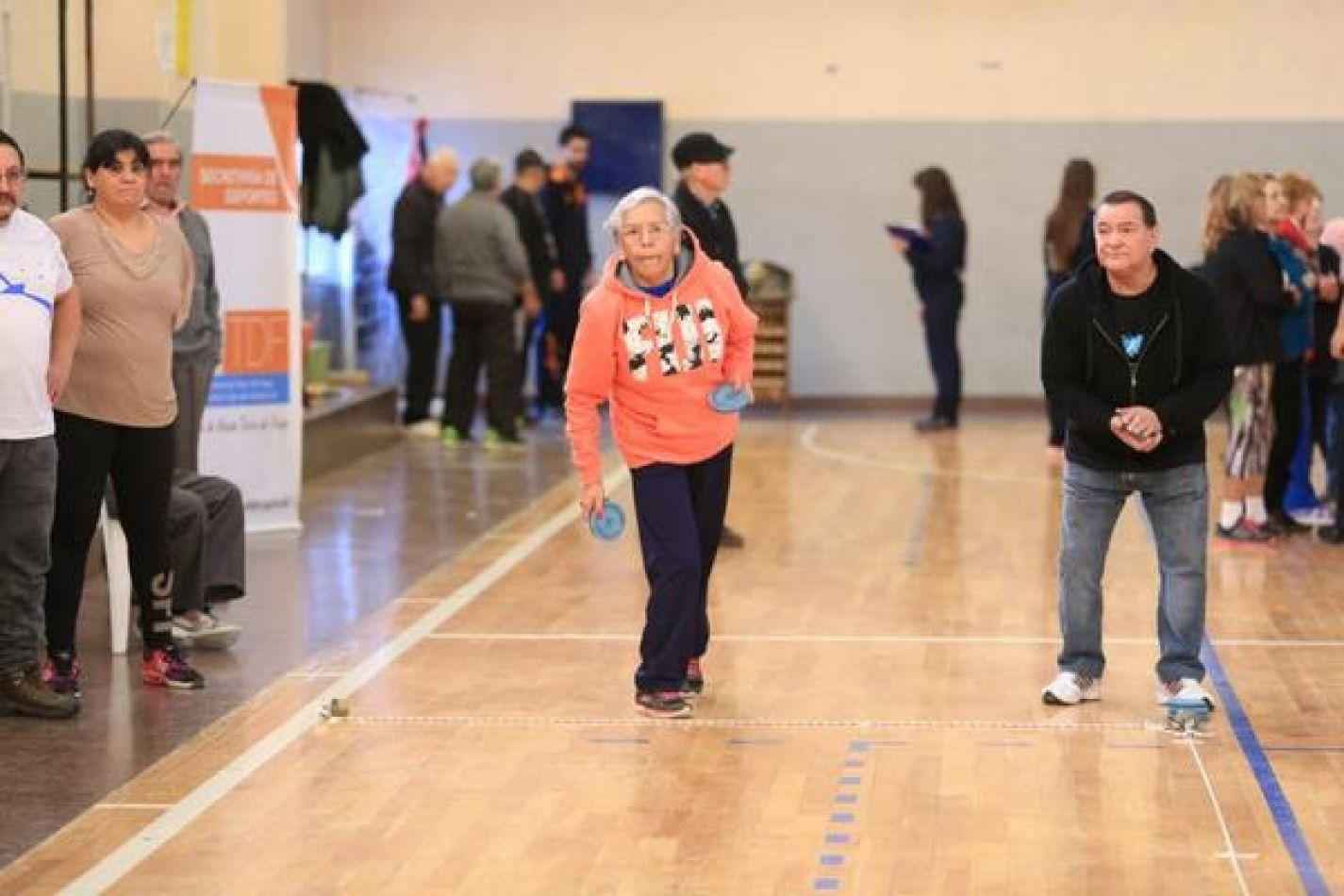 Más de 150 participantes en los Juegos Evita de Adultos Mayores
