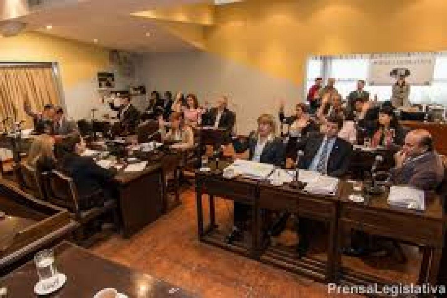 Reunión de Comisión Legislación en la ciudad de Río Grande