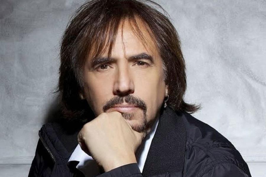 El cantaautor Alejandro Lerner se presentará en Ushuaia