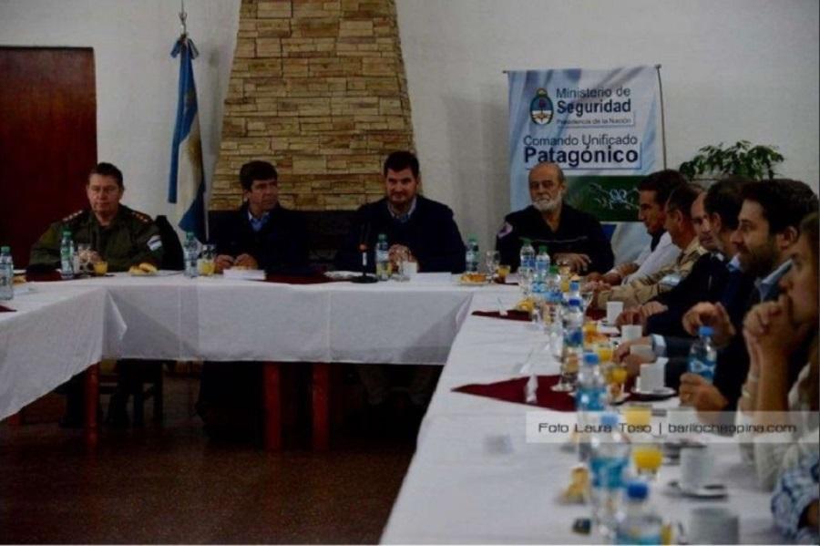 """Destinan 800 gendarmes a la Patagonia para agilizar desplazamientos ante """"posibles conflictos"""""""