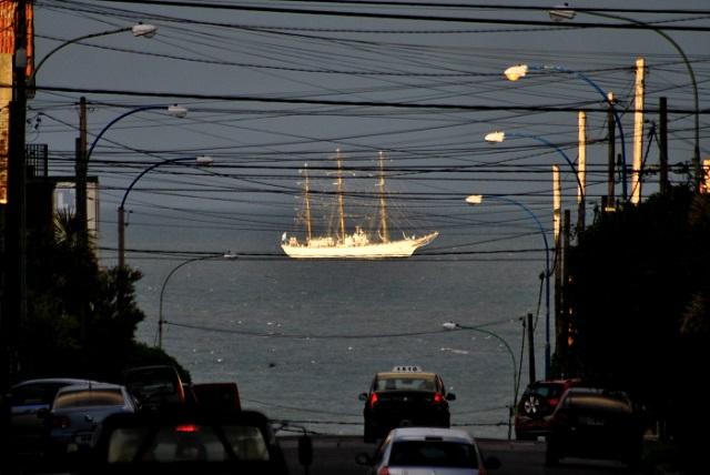 El puerto de Ushuaia recibirá a la Fragata Libertad en mayo