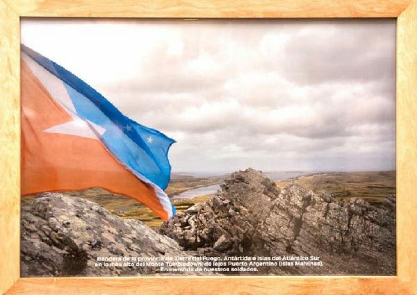 Bandera de nuestra provincia de Tierra del Fuego