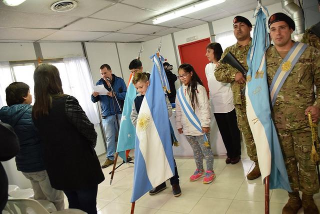 """La Esc. provincial N°11 """"Pioneros Fueguinos"""" celebró sus 38 años"""