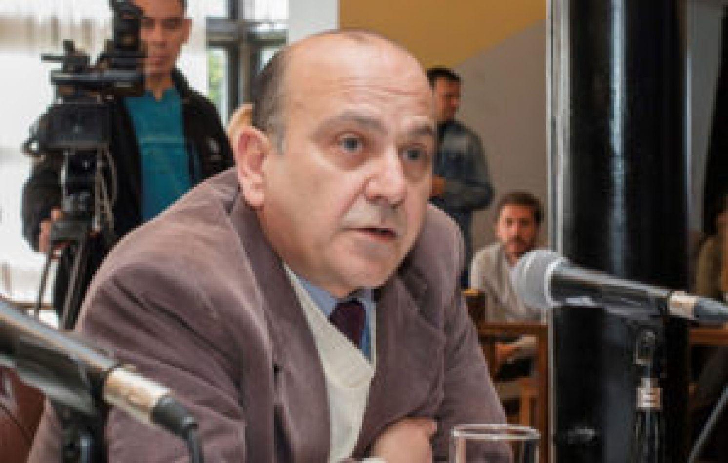 Leegislador Ricardo Furlan