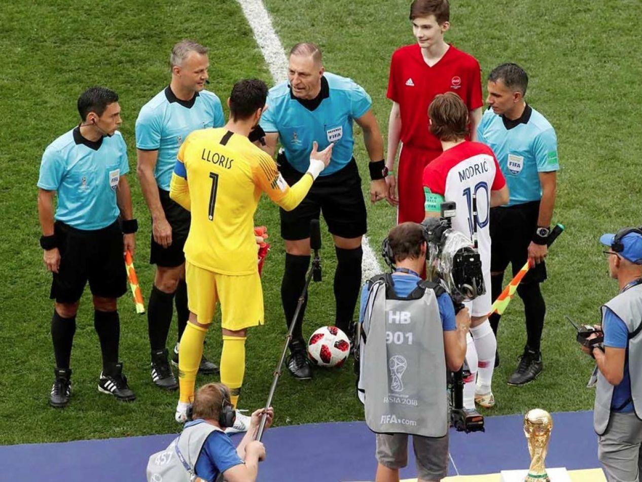 Arbitro Pitana