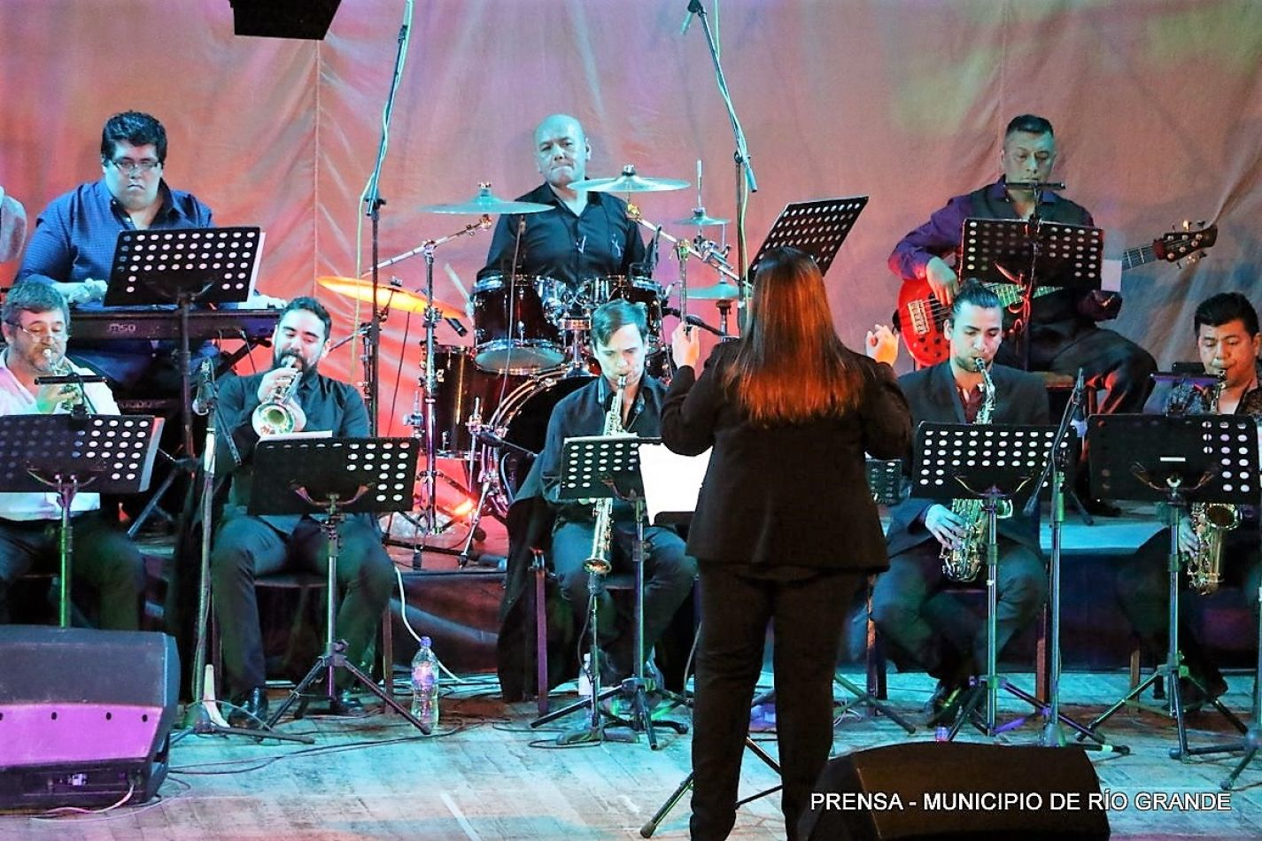 La banda de música ofreció un concierto en la Casa de la Cultura.