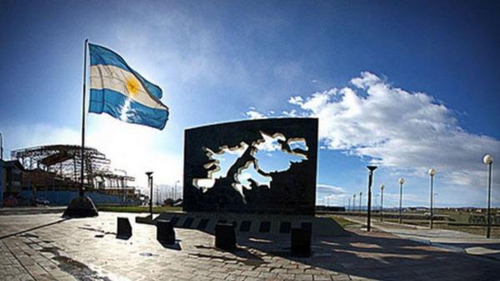 Las Malvinas son y serán Argentinas